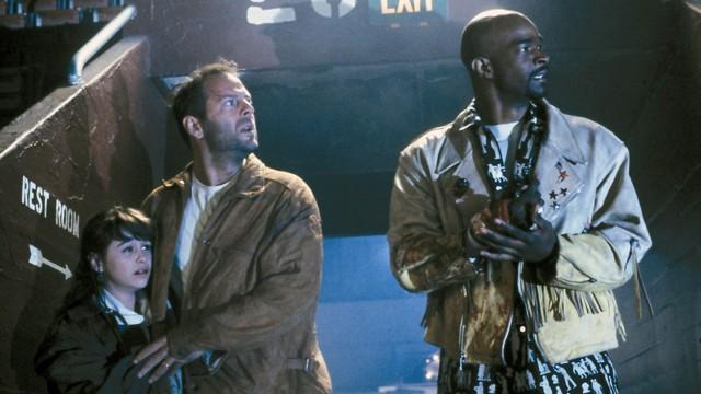 Danielle Harris, Bruce Willis og Damon Wayans i The Last Boy Scout. (Foto: Warner Bros. Entertainment)