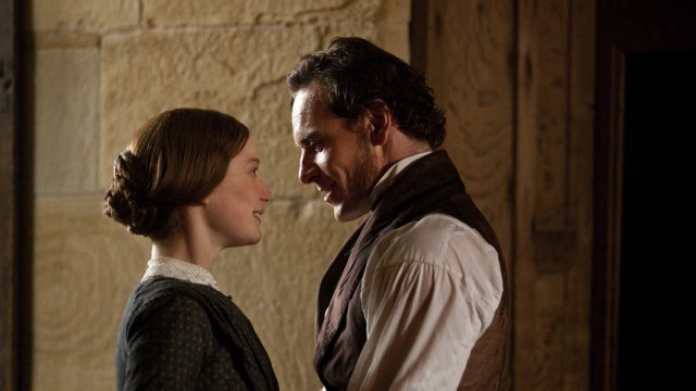 Mia Wasikowska og Michael Fassbender i Jane Eyre (Foto: Focus Features).