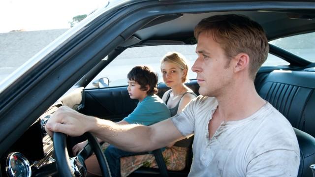 Kaden Leos, Carey Mulligan og Ryan Gosling i Drive (Foto: SF Norge AS).