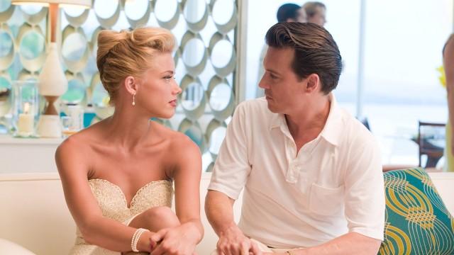 Amber Heard og Johnny Depp i The Rum Diary (Foto: SF Norge AS).