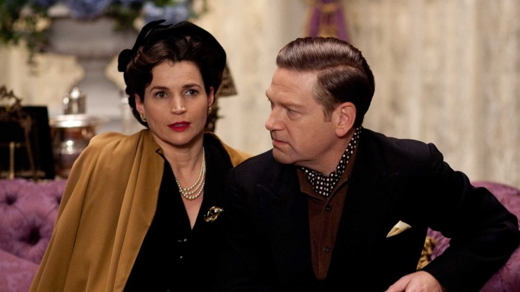 Julia Ormond som Vivien Leigh og Kenneth Branagh som Sir Laurence Olivier i My Week With Marilyn (Foto: Scanbox Entertainment AS).