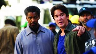 Denzel Washington og Daniel Espinosa på settet. (Foto: United International Pictures)