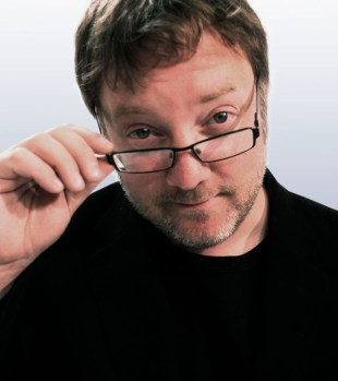 Birger Vestmo, programleder i Filmpolitiet. (Foto: NRK)