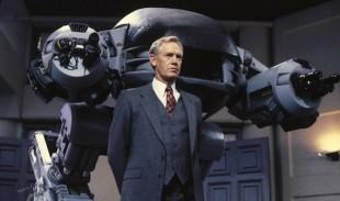 Ronny Cox spilte Dick Jones, nestsjefen i onde Omni Corp, i 1987-filmen. (Foto: SF Norge Video)