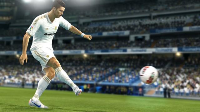 Cristiano Ronaldo er PES' posterboy (Foto: Konami).
