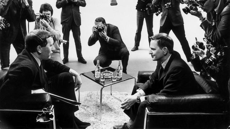 Olof Palme var gjest hos tv-profilen David Frost i april 1969 (Foto: Jan Collsiöö/Scanpix).