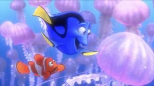 Marlin og Dory møter maneter i Oppdrag Nemo 3D (Foto: The Walt Disney Company Nordic).