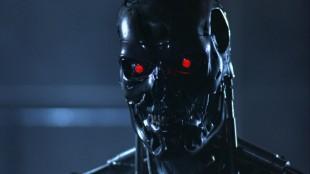 En T-800 robot i «The Terminator» fra 1984. (Foto: SF Norge AS).