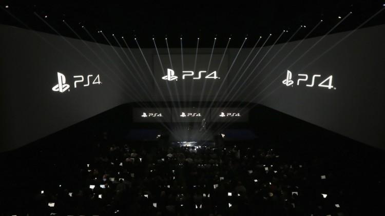 Et rent og moderne design dominerte Sonys pressekonferanse i februar da de presenterte sine planer for Playstation 4. Vil konsollen også følge slike designregler? (Foto: REUTERS/Brendan McDermid)