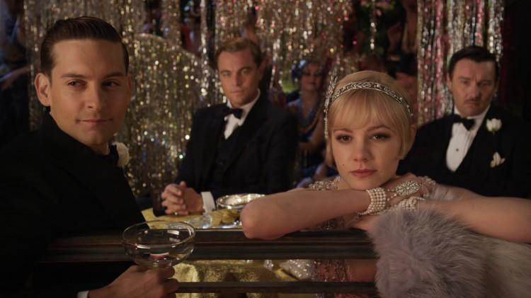 Tobey Maguire, Leonardo DiCaprio, Carey Mulligan og Joel Edgerton i Den store Gatsby (Foto: SF Norge AS).