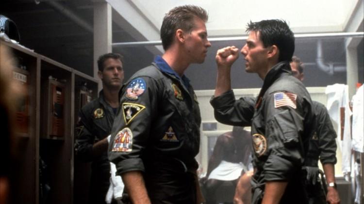 Iceman (Val Kilmer) og Maverick (Tom Cruise) i «Top Gun». (Foto: Paramount Pictures)»
