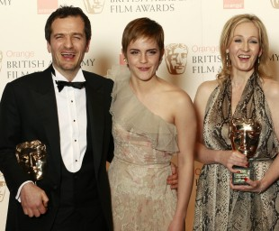 Produsent David Heyman, Emma Watson, og «Harry Potter»-forfattar Joanne K. Rowling. (Foto: REUTERS/Luke Macgregor)