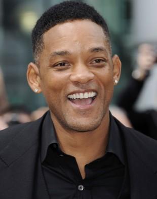 Will Smith bør ikke være så fornøyd etter helgas premiere på After Earth. (Foto: AP, NTB Scanpix.)