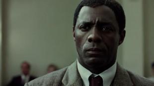 Idris Elba som Nelson Mandela. (Foto: Pathé)