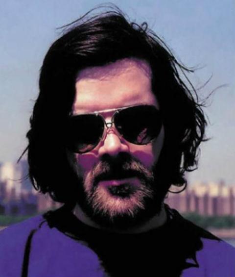 Sam Houser grunnla Rockstar Games med David Jones – som igjen la grunnsteinen i selskapet med spillstudioet DMA Design. (Foto: Rockstar.com)