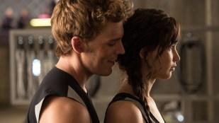 Jennifer Lawrence (Katniss) og Sam Claflin (Finnick) i The Hunger Games: Catching Fire (Foto: Lionsgate).
