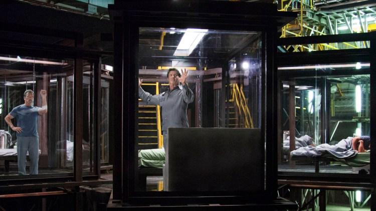 Arnold Schwarzenegger og Sylvester Stallone havner i toppsikret fengsel i Escape Plan (Foto: Summit Entertainment).