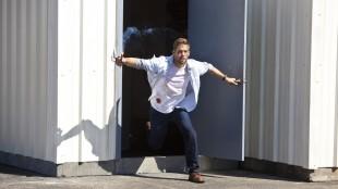 Paul Walker er i en desperat situasjon i Hours (Foto: Scanbox).