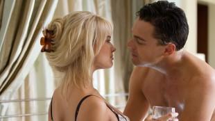 Margot Robbie og Leonardo DiCaprio i The Wolf on Wall Street (Foto: UIP).