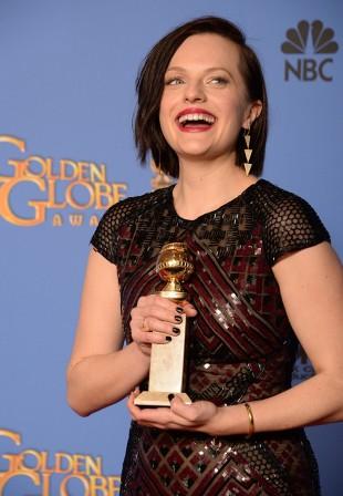 Elisabeth Moss vant pris for beste skuespiller i en dramaserie eller tv-film for rollen i «Top of the Lake». (Foto: AFP / Robyn Beck)