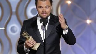 Leonardo DiCaprio tar i mot prisen for beste mannlige hovedrolle i en komedie eller musikal.