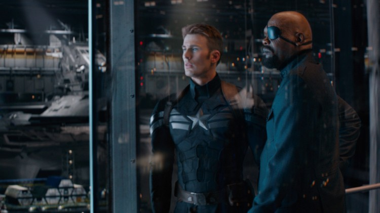 Chris Evans og Samuel L. Jackson i Captain America: The Winter Soldier (Foto: Twentieth Century Fox Norway).