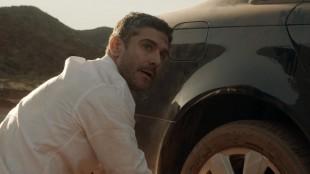 En av bilistene må skifte dekk i Relatos Salvajes (Foto: Festival de Cannes).