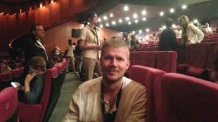 Vegard Larsen før visningen av Ryan Goslings «Lost River» den 20. mai 2014 under filmfestivalen i Cannes. (Foto: NRK)