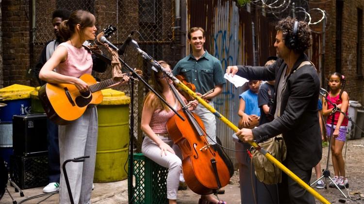 New Yorks gater, parker og hustak brukes som studio i Begin Again. (Foto: Sf Norge).