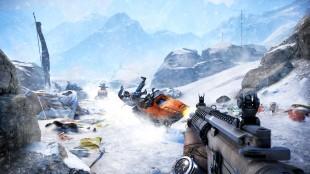 Høye fjell har gjort det nødvendig med både snø og fiender høyt og lavt i «Far Cry 4». (Promofoto: Ubisoft)