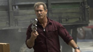 Mel Gibson får utløp for galskapen som skurken Stonebanks i The Expendables 3 (Foto: SF Norge AS).