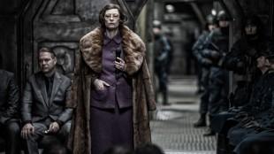 Tilda Swinton er kjempemorsom som minister Mason i Snowpiercer. (Foto: ActionFilm).