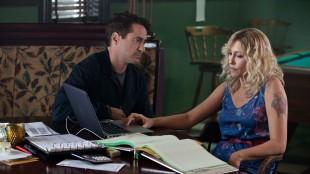Hank (Robert Downey Jr.) og gamlekjæresten Samantha (Vera Farmiga) i The Judge (Foto: Warner Bros. Pictures/ SF Norge).