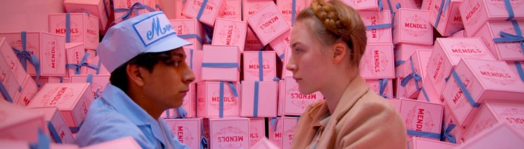 Tony Revolori og Saoirse Ronan i The Grand Budapest Hotel (Foto: 20th Century Fox).