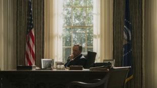 Frank Underwood (Kevin Spacey) har nådd sitt mål, og starter sesong 3 trygt plassert i presidentstolen. (Foto: Netflix).