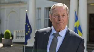 Bjørn Floberg spiller svensk statsminister i Kingsman: The Secret Service (Foto: Fox film).