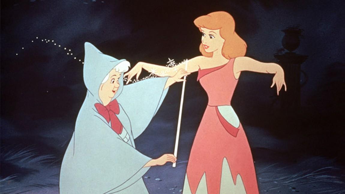 Hvilken farge har håret til Disneys Askepott? (Foto: Walt Disney Pictures/ www.disney.no)