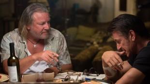 Ray Winstone og Sean Penn spiller tidligere leiesoldat-kollegaer i The Gunman (Foto: SF Norge AS).