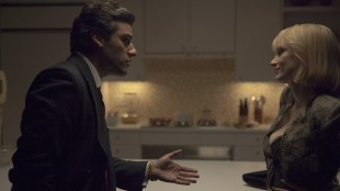 Oscar Isaac og Jessica Chastain i A Most Violent Year (Foto: Norsk Filmdistribusjon).