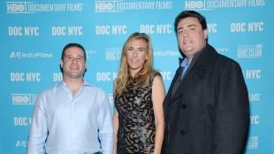 Produsent Gabe Hoffman, regissør Amy Berg og produsent Matthew Valentinas (Foto: Evan Agostini/Invision/AP).