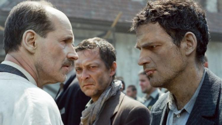 Oppstilling med Sonderkommando i Sauls sønn (Foto: Arthaus).