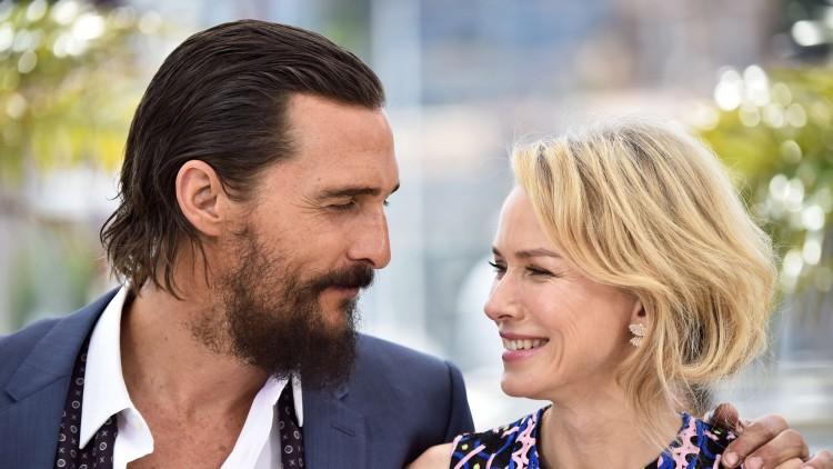 "Matthew McConaughey og Naomi Watts på pressekonferansen for filmen ""The Sea of Trees"" i Cannes (Foto: NTBScanpix,  AFP PHOTO / Bertrand Langlois)"