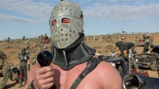 Svenske Kjell Nilsson som skurken The Humungus i Mad Max 2 - The Road Warrior (Foto: Kennedy Miller Productions, Warner Bros.)