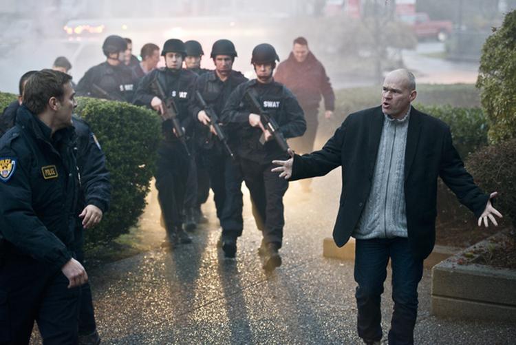 Uwe Boller det opp på settet til sitt kriserammede Kickstarter-prosjekt. (Foto: Kickstarter.com, Rampage 3: No Mercy)