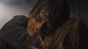 Skredeksperten Kristian (Kristoffer Joner) må redde sin egen familie i Bølgen (Foto: Fantefilm Fiksjon).