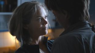 Ane Dahl Torp og Kristoffer Joner spiller rasutsatt ektepar i Bølgen (Foto: Fantefilm Fiksjon).