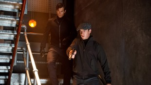 Like før nok en stilisert actionscene med Illya (Armie Hammer) og Solo (Henry Cavill)  i The Man From U.N.C.L.E. (Foto: SF Norge AS).