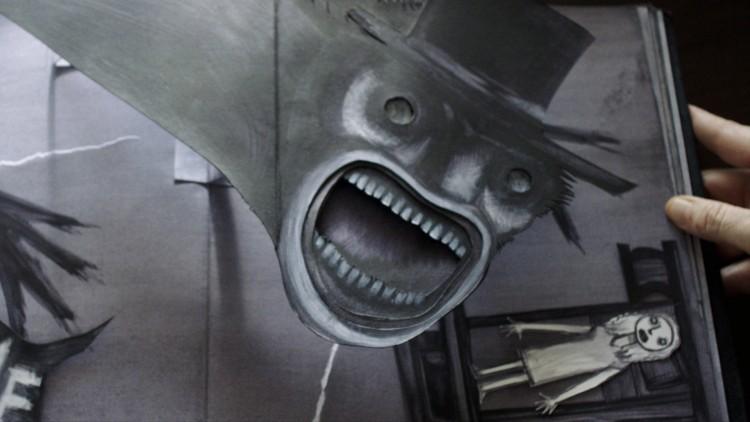 Ett skummelt utbrettbilde fra en foruroligende barnebok i The Babadook (Foto: Another World Entertainment Norway AS).