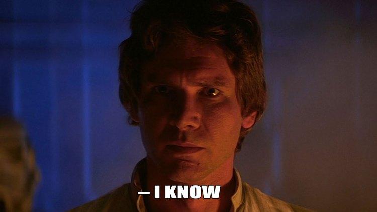 Han Solo er stram i maska like før han blir frosset ned i karbonitt. (Foto: Lucasfilm / Disney).