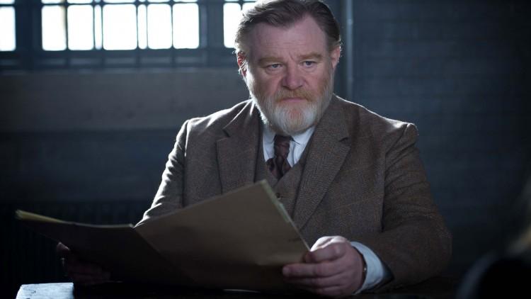 Brendan Gleeson er god i rollen som politiinspektør Arthur Steed i Suffragette – Kampen for frihet. (Foto: SF Norge).